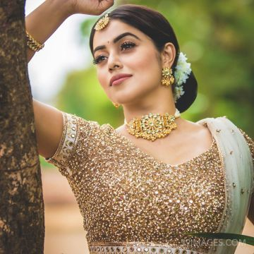 Shamna Kasim (Poorna) Beautiful HD Photos & Mobile Wallpapers HD (Android/iPhone) (1080p)