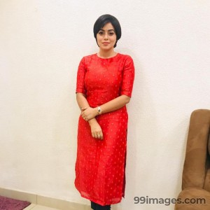 Shamna Kasim (Poorna) Beautiful HD Photos & Mobile Wallpapers HD (Android/iPhone) (1080p) - #29725