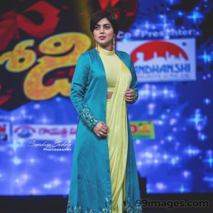Shamna Kasim (Poorna) Beautiful HD Photos & Mobile Wallpapers HD (Android/iPhone) (1080p) - #29724