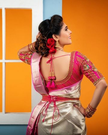 Sherin Shringar Beautiful HD Photoshoot Stills & Mobile Wallpapers HD (1080p)