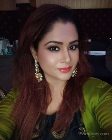 Shilpa Chakravarthy Latest Hot Beautiful Photos / Wallpapers (Android/iPhone) (1080p)