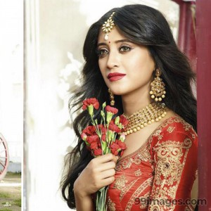 Shivangi Joshi Cute HD Photos (1080p) - #1920