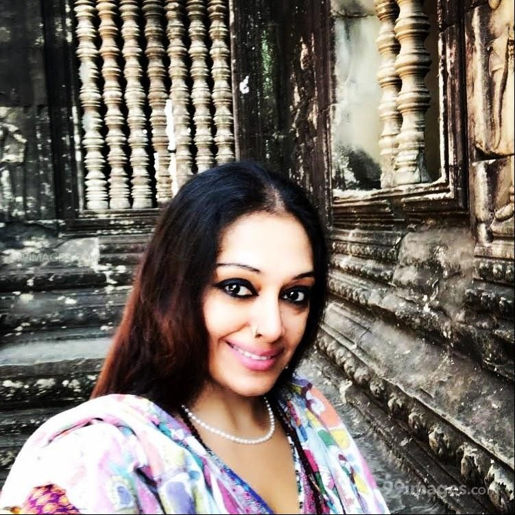 Shobana Beautiful HD Photos & Mobile Wallpapers HD (Android/iPhone) (1080p)