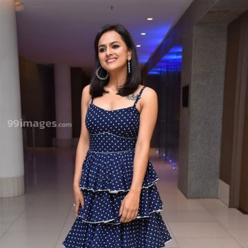 Shraddha Srinath Hot HD Photos (1080p) - #33591