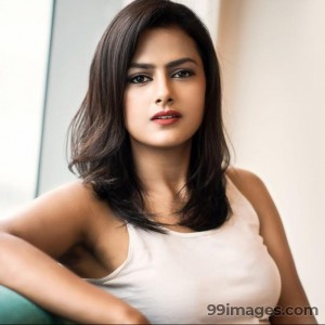 Shraddha Srinath Hot HD Photos (1080p) - #5704