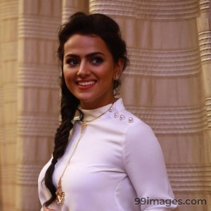 Shraddha Srinath Hot HD Photos (1080p) - #5659