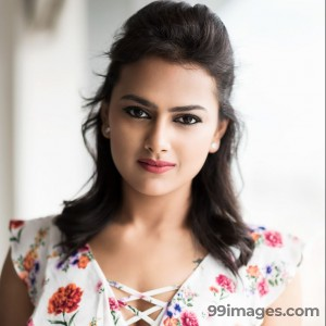 Shraddha Srinath Hot HD Photos (1080p) - #5658