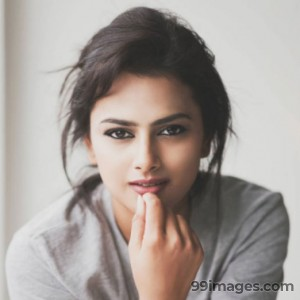 Shraddha Srinath Hot HD Photos (1080p) - #5669