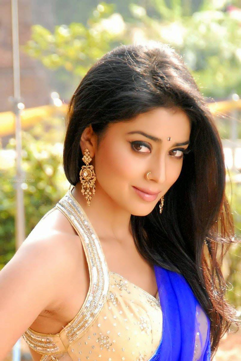 Shriya Saran Beautiful HD Photoshoot Stills (1080p) (3279) - Shriya Saran