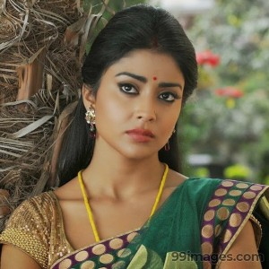 Shriya Saran Beautiful HD Photoshoot Stills (1080p) - #3338