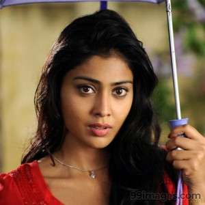 Shriya Saran Beautiful HD Photoshoot Stills (1080p) - #3262