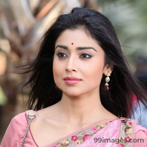 Shriya Saran Beautiful HD Photoshoot Stills (1080p) - #3270