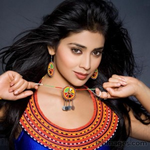 Shriya Saran Beautiful HD Photoshoot Stills (1080p) - #3258