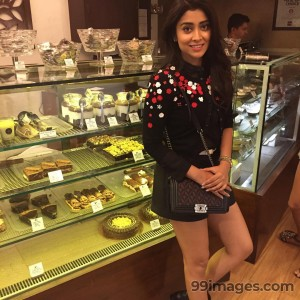 Shriya Saran Beautiful Photos & Mobile Wallpapers HD (Android/iPhone) (1080p)