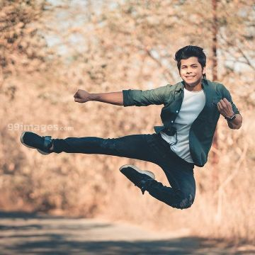 Siddharth Nigam New HD Wallpapers & High-definition images (1080p)