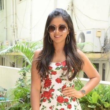 Siddhi Idnani  Hot HD Photos & Wallpapers for mobile Download, WhatsApp DP (1080p)