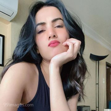 Sonal Chauhan HD Photos & Wallpapers (1080p)