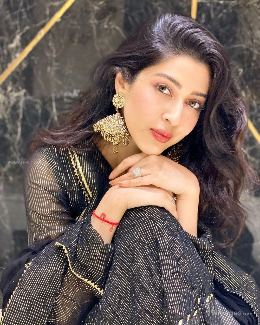 Sonarika Bhadoria Beautiful HD Photoshoot Stills & Mobile Wallpapers HD (1080p) (632936) - Sonarika Bhadoria