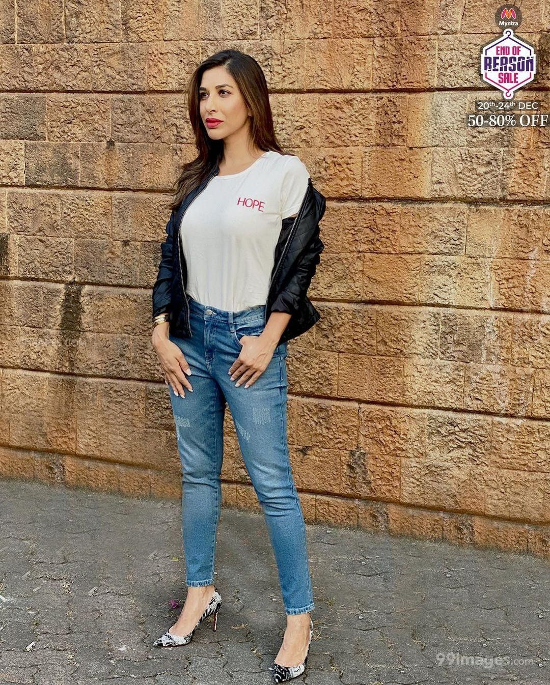 Sophie Choudry Hot HD Photos & Mobile Wallpapers (1080p) (717237) - Sophie Choudry