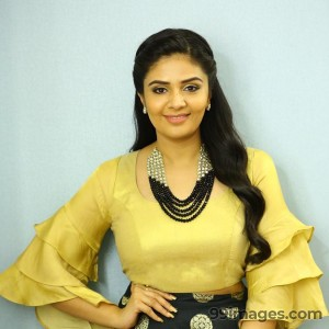Sreemukhi Beautiful HD Photos & Mobile Wallpapers HD (Android/iPhone) (1080p) - #17878