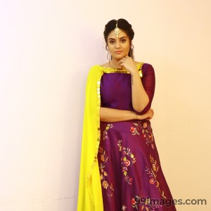 Sreemukhi Beautiful HD Photos & Mobile Wallpapers HD (Android/iPhone) (1080p) - #17842
