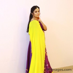 Sreemukhi Beautiful HD Photos & Mobile Wallpapers HD (Android/iPhone) (1080p) - #17844