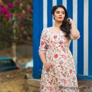 Sreemukhi Beautiful HD Photoshoot Stills & Mobile Wallpapers HD (1080p) - #18080