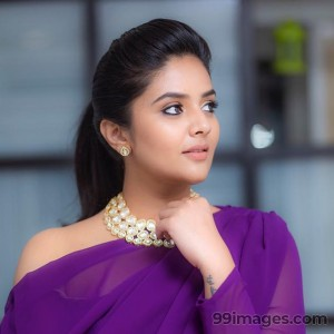 Sreemukhi Beautiful HD Photoshoot Stills & Mobile Wallpapers HD (1080p) - #17760
