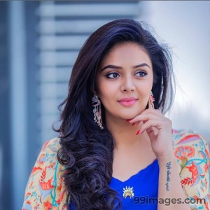Sreemukhi Beautiful HD Photoshoot Stills & Mobile Wallpapers HD (1080p) - #17746