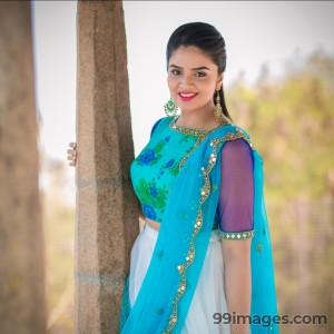 Sreemukhi Beautiful HD Photoshoot Stills & Mobile Wallpapers HD (1080p) - #18084