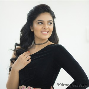 Sreemukhi Beautiful HD Photoshoot Stills & Mobile Wallpapers HD (1080p) - #18037