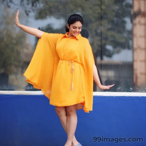 Sreemukhi Beautiful HD Photoshoot Stills & Mobile Wallpapers HD (1080p) - #18093