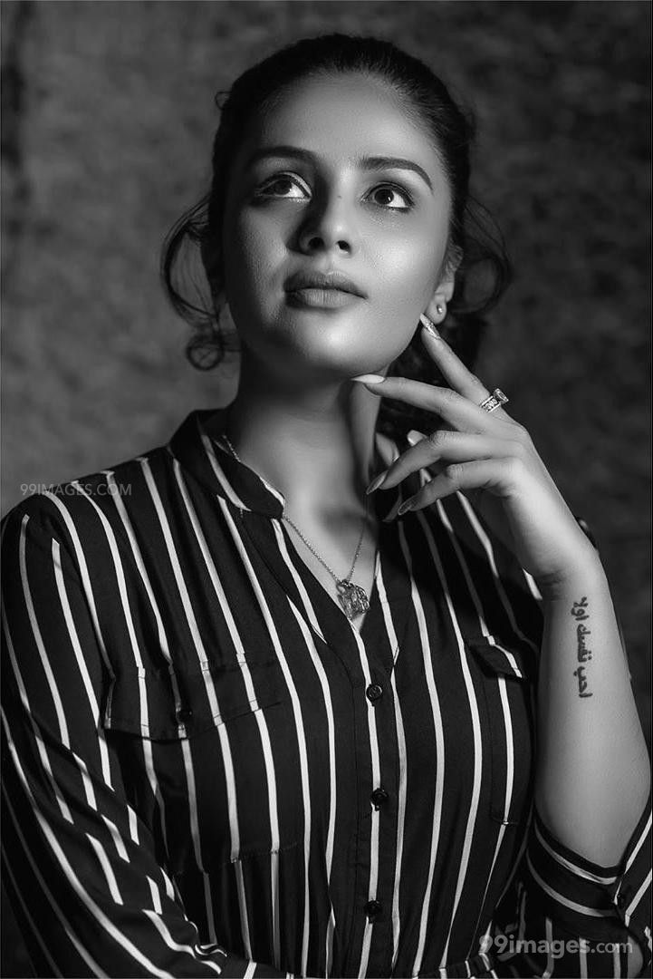 Sreemukhi Latest Hot HD Photoshoot Stills & Mobile Wallpapers HD (1080p) (564190) - Sreemukhi