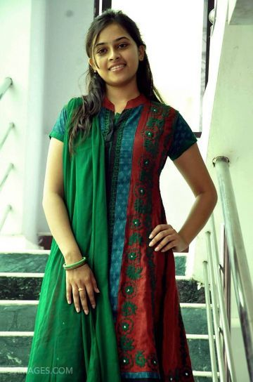 Sri Divya Beautiful Photos & Mobile Wallpapers HD (Android/iPhone) (1080p)