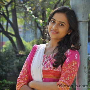 Sri Divya Cute HD Photos (1080p) - #8162