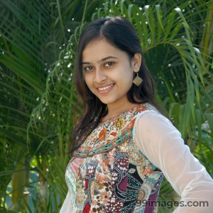Sri Divya Cute HD Photos (1080p) - #8151