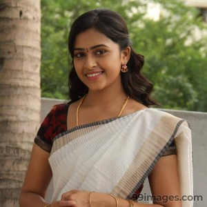 Sri Divya Cute HD Photos (1080p) - #8149