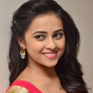Sri Divya Cute HD Photos (1080p) - #8156