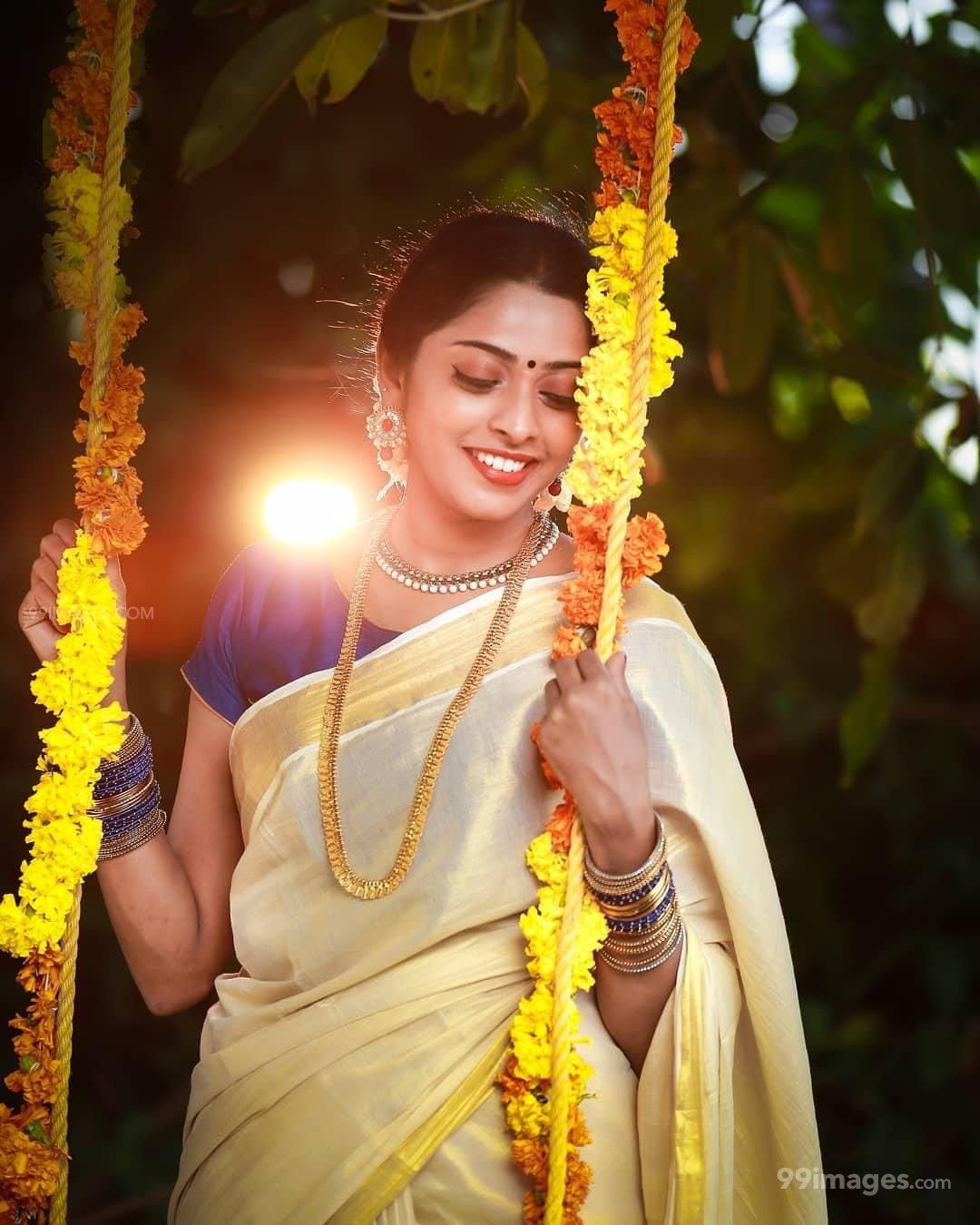 Sunu Lakshmi Hot HD Photos & Wallpapers for mobile Download, WhatsApp DP (1080p, 4k)