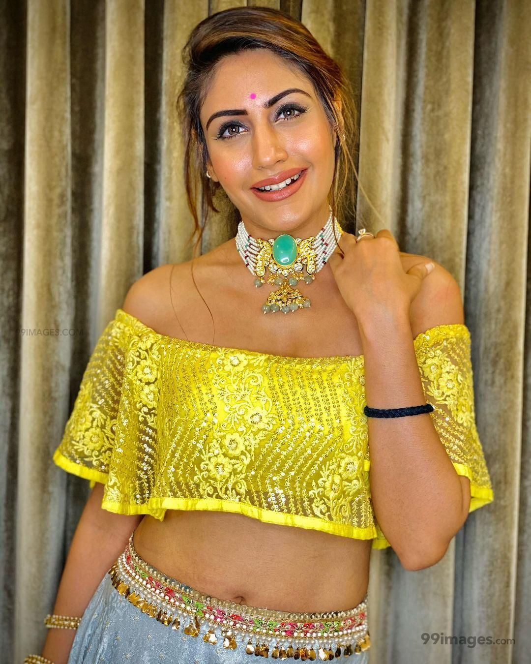 Surbhi Chandna  Hot HD Photos & Wallpapers for mobile Download, WhatsApp DP (1080p) (641042) - Surbhi Chandna