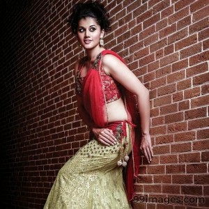 Taapsee Pannu Beautiful HD Photoshoot Stills (1080p) - #8792