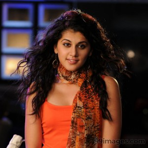 Taapsee Pannu Beautiful HD Photoshoot Stills (1080p) - #8867