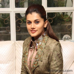 Taapsee Pannu Beautiful HD Photoshoot Stills (1080p) - #8826