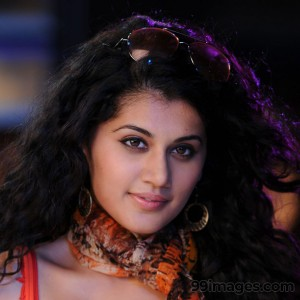 Taapsee Pannu Beautiful HD Photoshoot Stills (1080p) - #8868