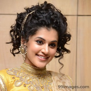 Taapsee Pannu Beautiful HD Photoshoot Stills (1080p) - #8781