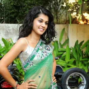 Taapsee Pannu Beautiful HD Photoshoot Stills (1080p) - #8782