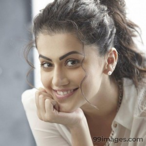 Taapsee Pannu Beautiful HD Photoshoot Stills (1080p) - #8794