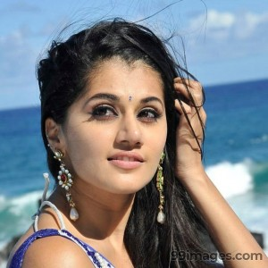 Taapsee Pannu Beautiful HD Photoshoot Stills (1080p) - #8847