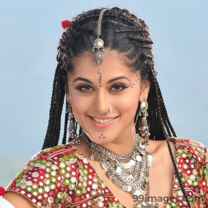 Taapsee Pannu Beautiful HD Photoshoot Stills (1080p) - #8785