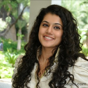 Taapsee Pannu Beautiful HD Photoshoot Stills (1080p) - #8837